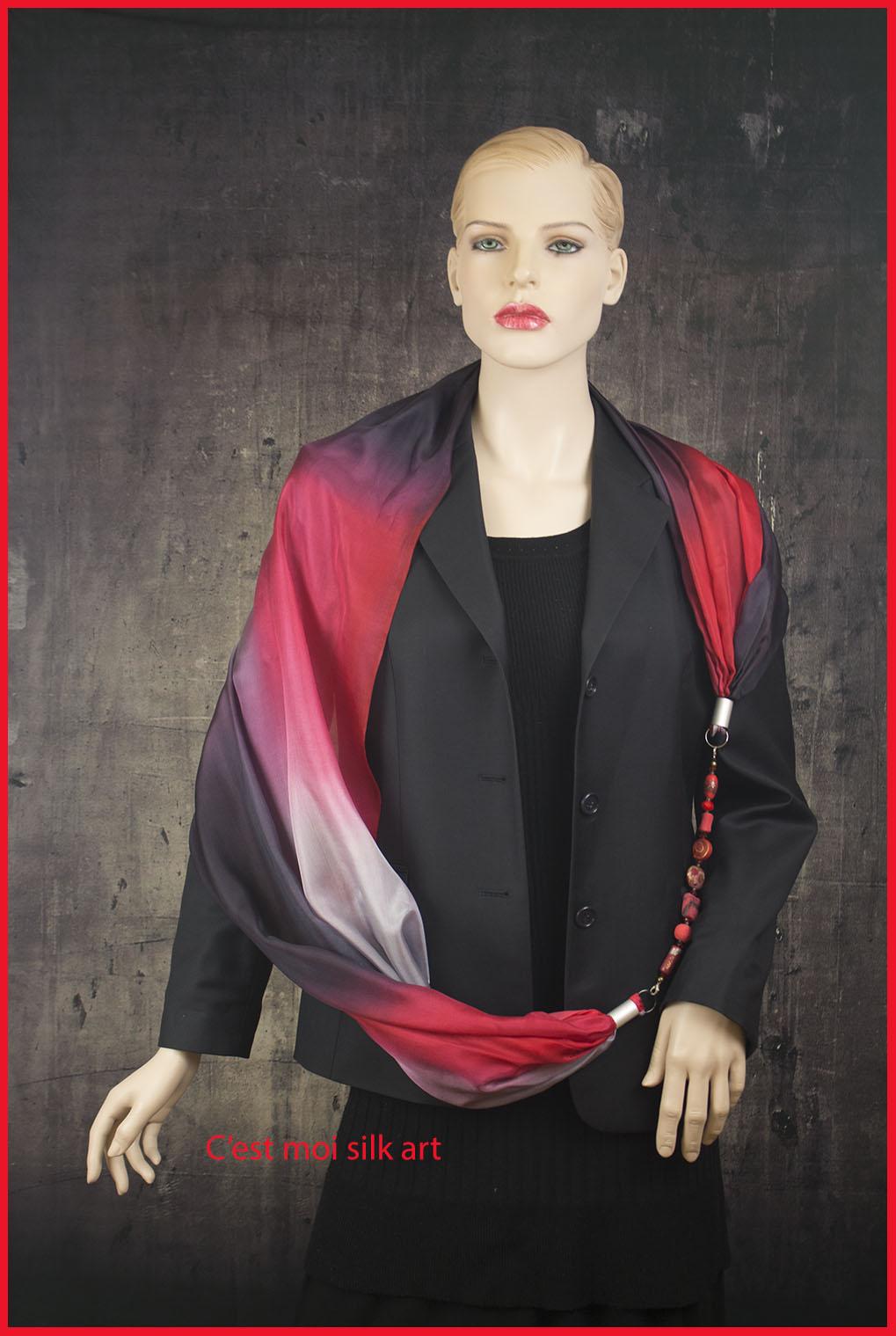 selyem sál ékszerrel fekete és piros 01