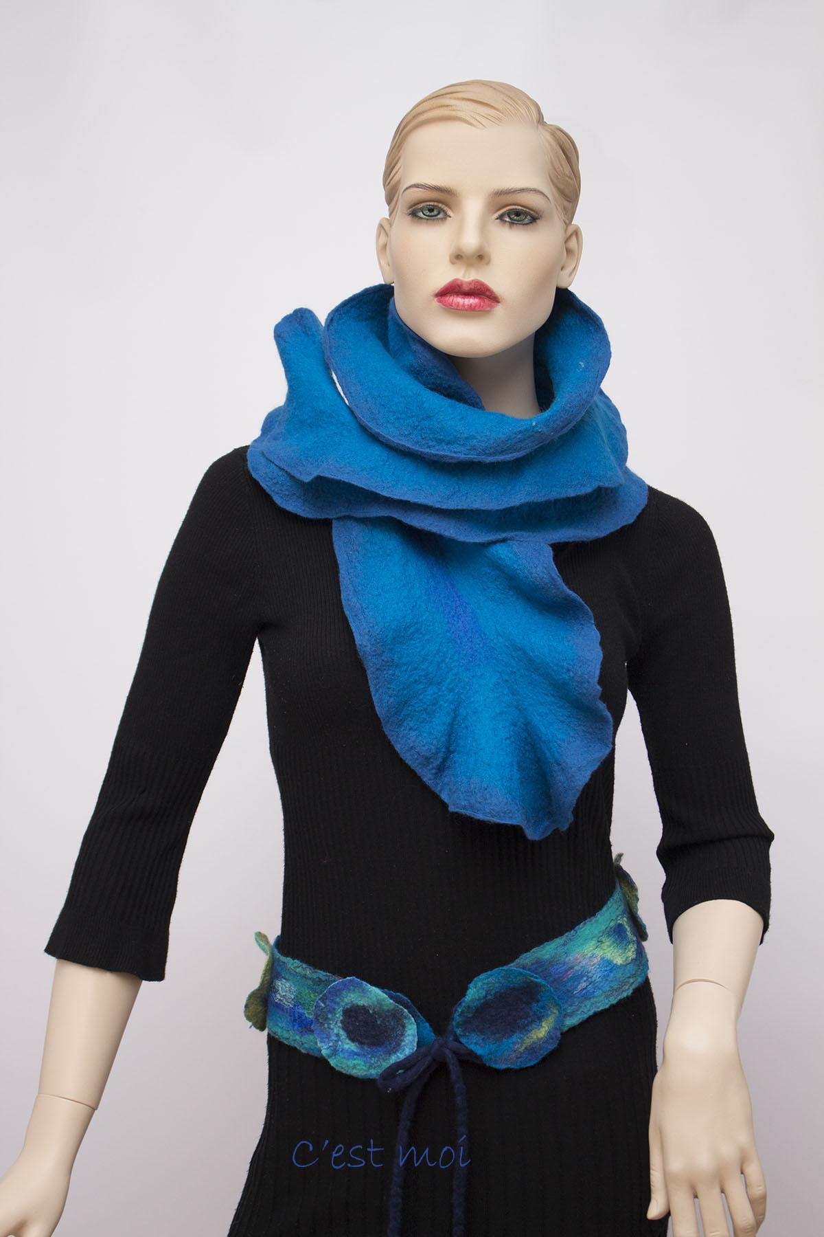 ruffled wool scarf