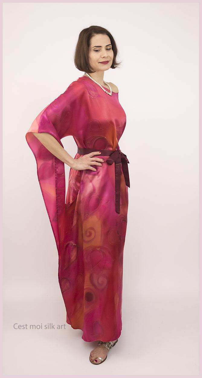 selyem szatén ruha japán újjal ciklámen lótuszok 07